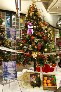 Friends of Henderson Libraries to host Library Tree Lane Dec. 5