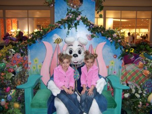 Galleria at Sunset welcomes the Easter Bunny March 14