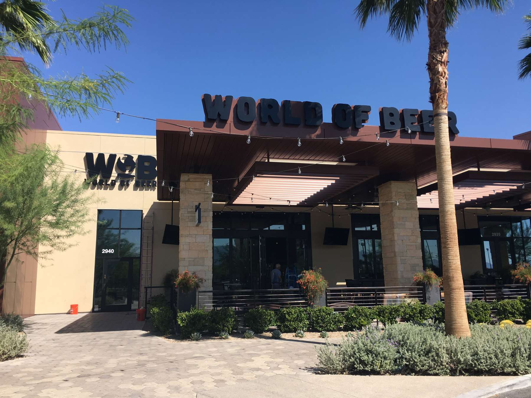 World of Beer at Galleria at Sunset